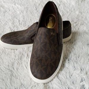 ❤️ Michael Kors MK Logo BOERUM Slip On Sneakers ❤️